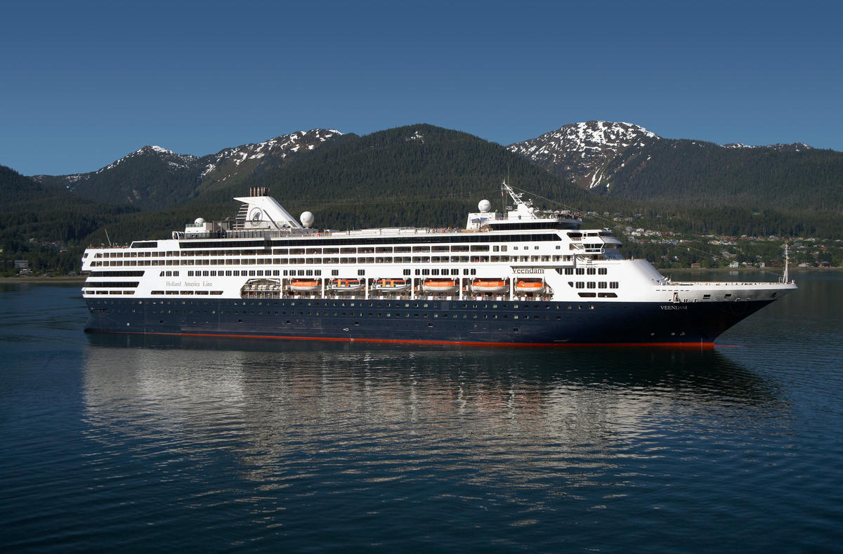 What Is The Holland America Daily Program When And Where