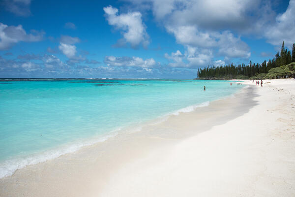 Yejele Beach in Mare, New Caledonia (Photo: EA Given/Shutterstock)