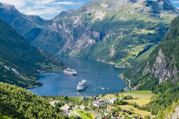 Norwegian Fjords cruise (Photo: Marco Saracco/Shutterstock.com)