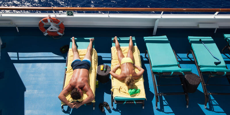 Sunbathers on the Sun Decks of Carnival Splendor (Photo: Cruise Critic)