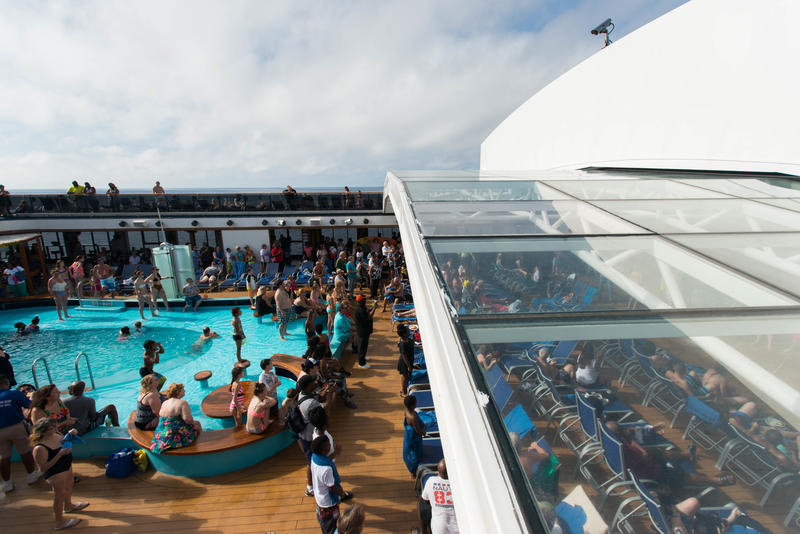 Retractable Roof on Carnival Pride