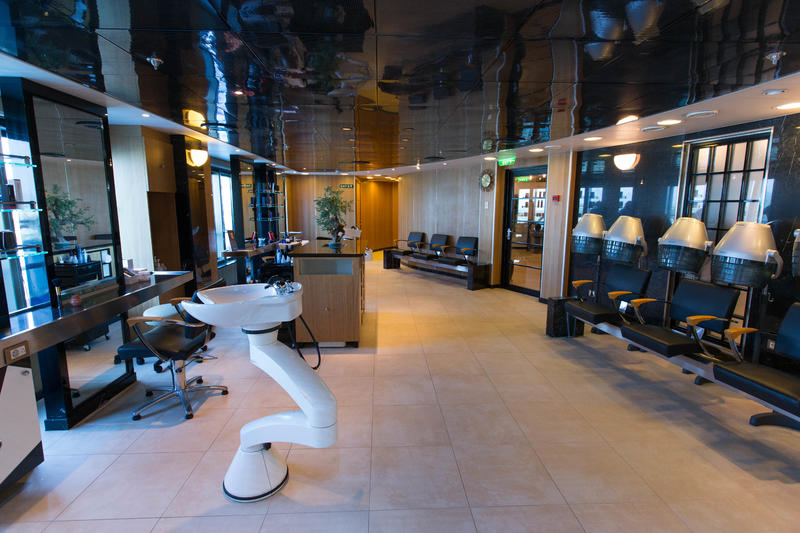 Salon on Crown Princess