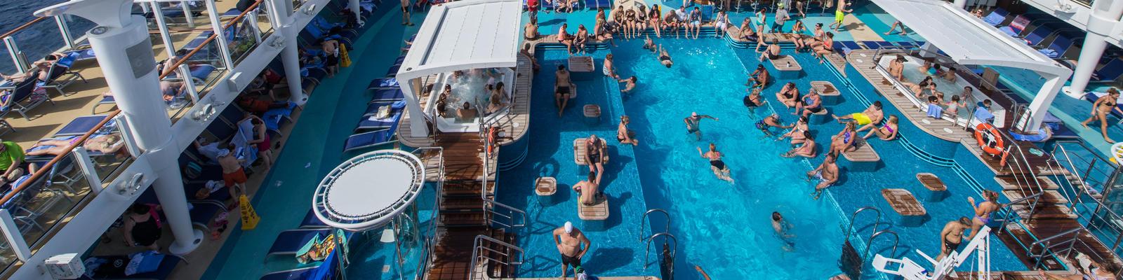The Pool on Norwegian Escape