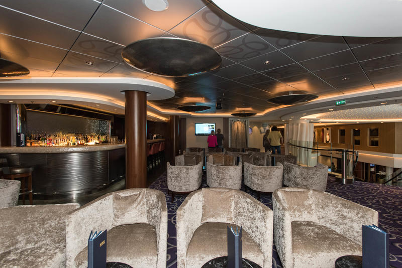 Shaker's Martini & Champagne Bar on Norwegian Epic