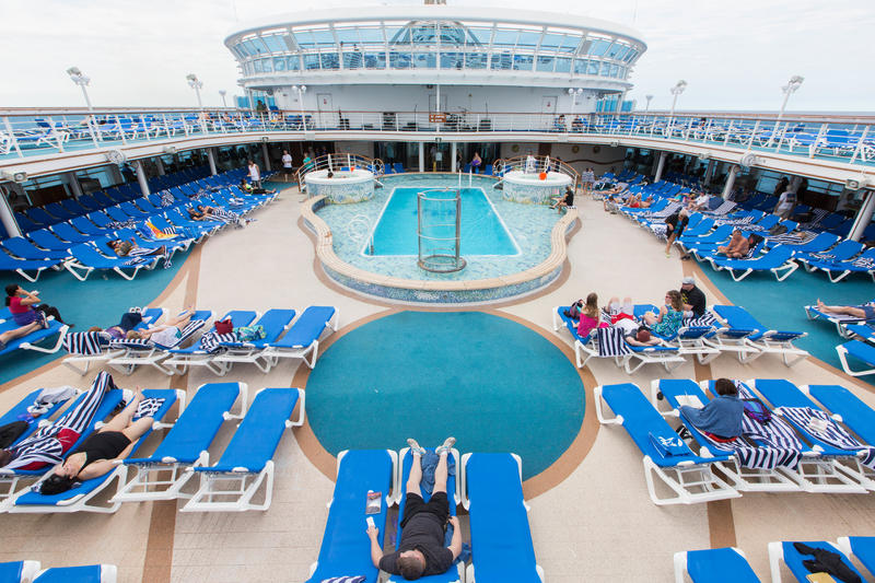 The Neptune Pool on Caribbean Princess