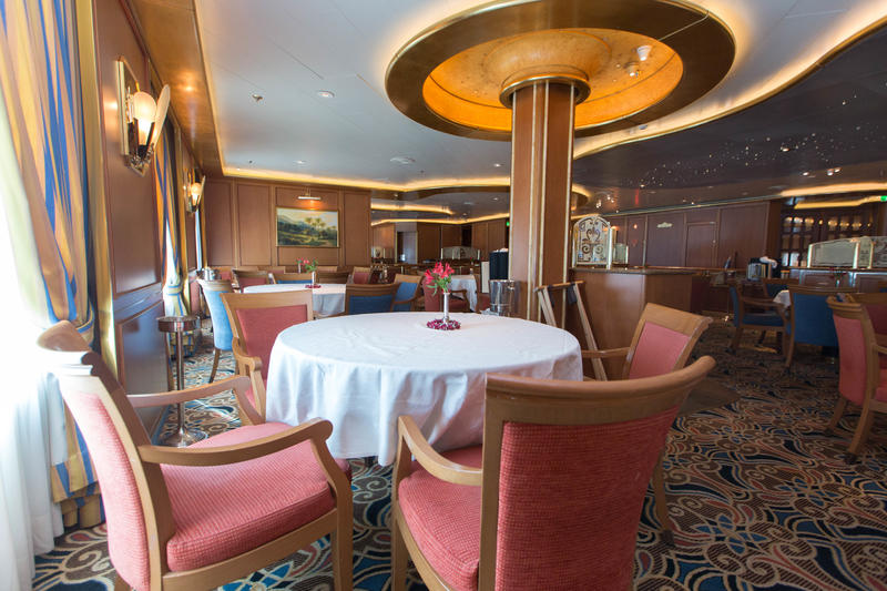 Palm Dining Room on Caribbean Princess