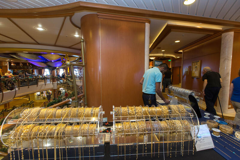 Facets on Caribbean Princess