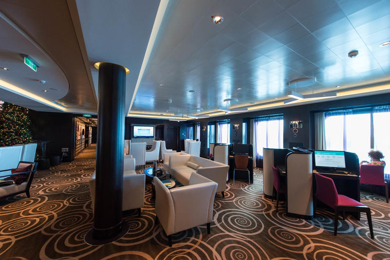 Internet Cafe on Norwegian Breakaway