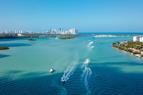 Biscayne Bay (Photo: Anton Pestov/Shutterstock.com)