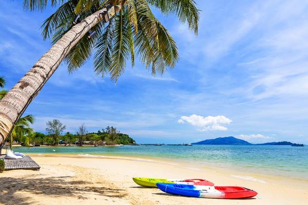 Kayaks on the Tropical Beach, Payam Island, Ranong, Thailand (Photo: Take Photo/Shutterstock)