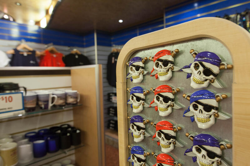 Gift Shop on Carnival Conquest