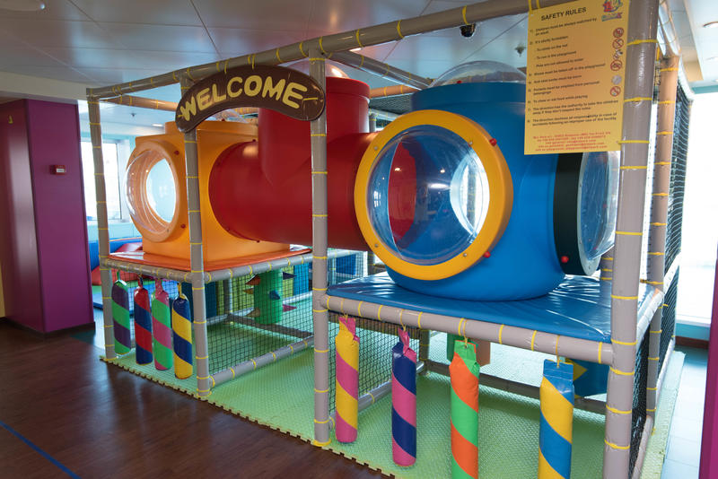 Princess Pelicans Kids Club on Royal Princess