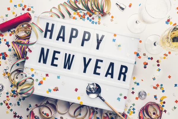 New Year Decorations (Photo: r.classen/Shutterstock)