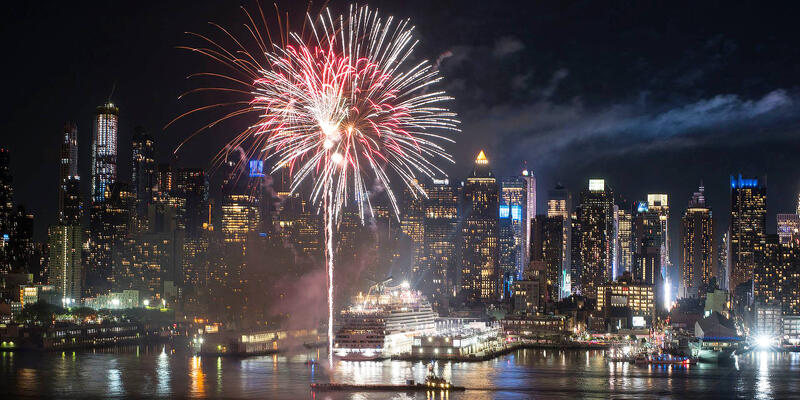 New Years on Carnival (Photo: Carnival Cruises)