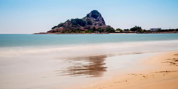 Isla de la Piedra; Stone Island in Mazatlan (Photo: Manuela Durson/Shutterstock)