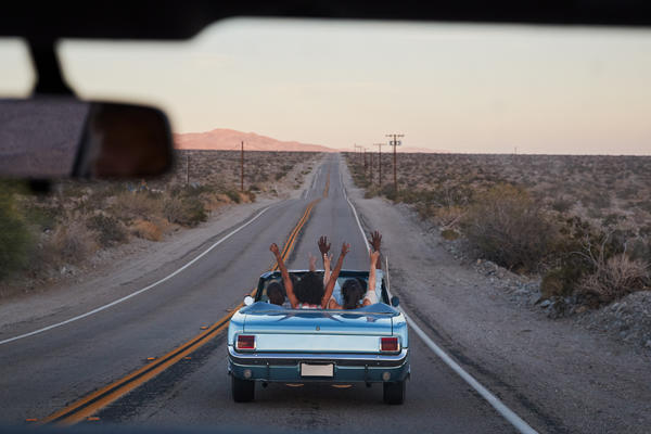 Friends on a road trip (Photo: Monkey Business Images/Shutterstock.com)