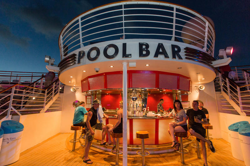 Pool Bar on Liberty of the Seas