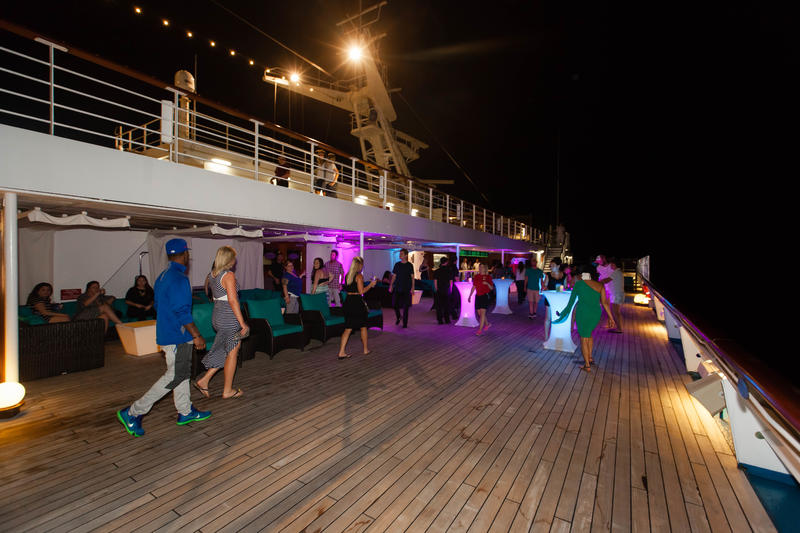 Lido Deck on Carnival Glory Cruise Ship - Cruise Critic