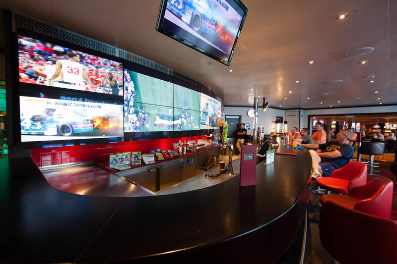 Sports Bar on Carnival Glory Cruise Ship - Cruise Critic