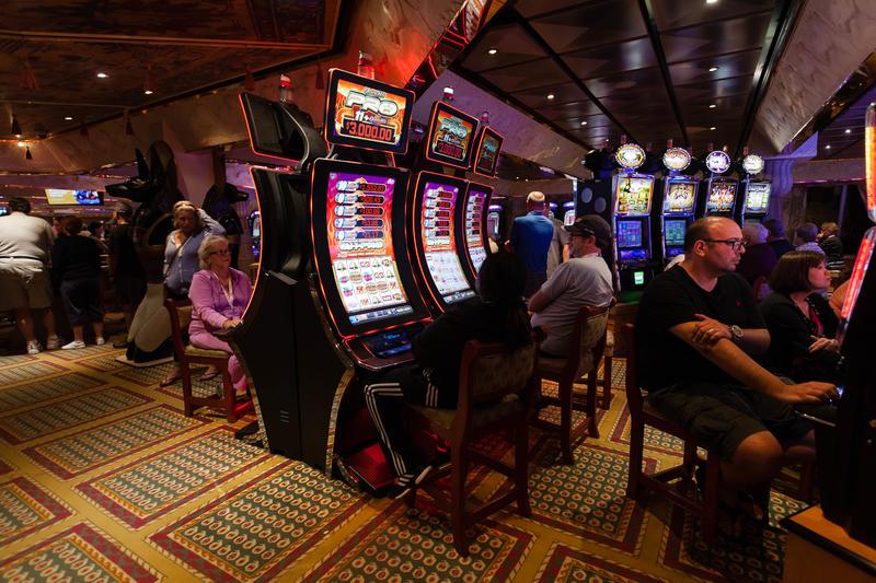 Camel Club Casino on Carnival Glory Cruise Ship - Cruise ...