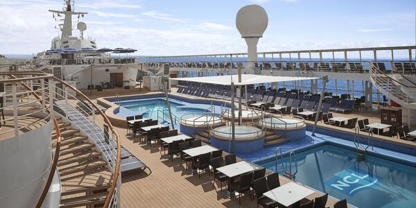 Norwegian Sky's Updated Pool Deck (Photo: Norwegian Cruise Line)