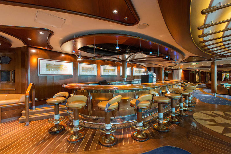 Schooner Bar on Radiance of the Seas