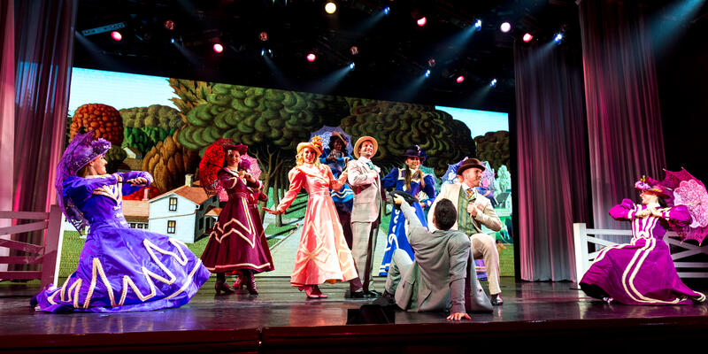 """""""Hello, Dolly!"""" Performance in Princess Theater on Star Princess (Photo: Cruise Critic)"""