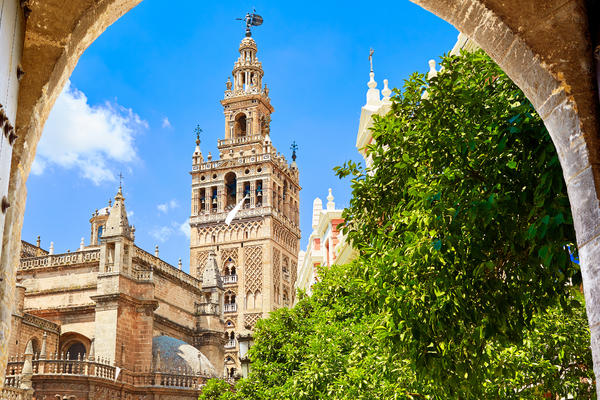 Giralda Tower, Spain (Photo: lunamarina/Shutterstock)