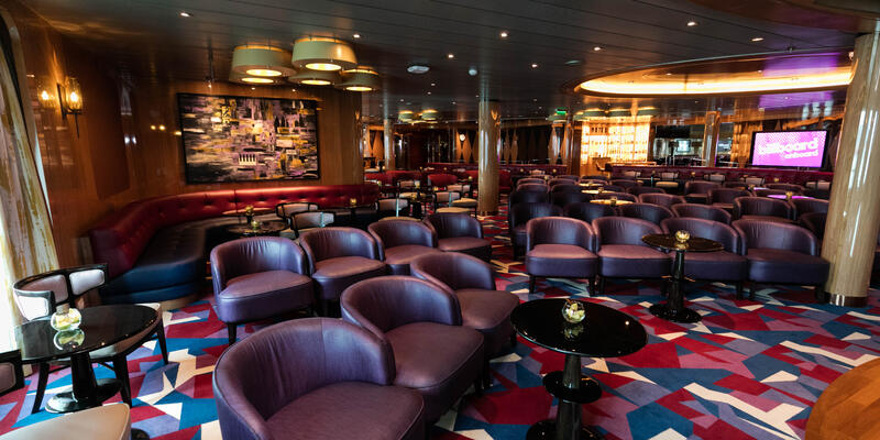 Lincoln Center Stage on Koningsdam (Photo: Cruise Critic)