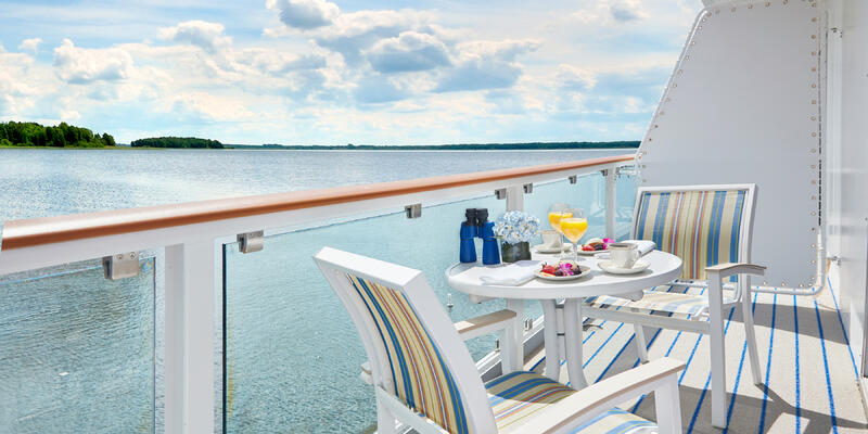 In-cabin dining on American Constellation (Photo: American Cruise Lines)