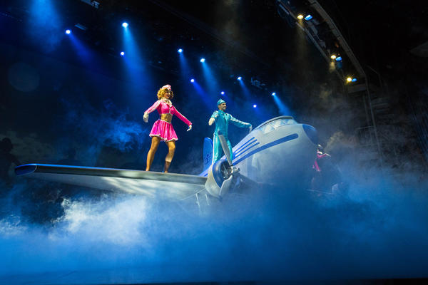 Come Fly With Me Performance on Oasis of the Seas (Photo: Cruise Critic)