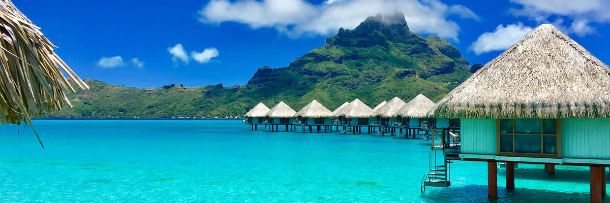 Bora Bora (Photo: TWEITH/Shutterstock)