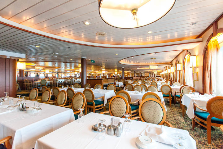 Starlight Dining Room On Majesty Of The Seas Cruise Ship