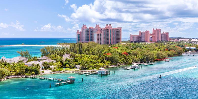 Paradise Island, Nassau, Bahamas (Photo: Pola Damonte/Shutterstock)