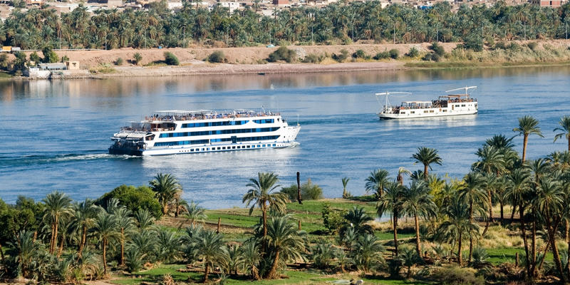 Cruise ship on the Nile River (Photo: erichon/Shutterstock.com)