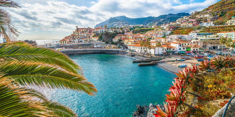 Camara de Lobos, Madeira Island, Portugal (Photo: Balate Dorin/Shutterstock)