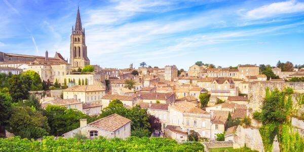 Saint Emilion Village in Bordeaux Region, France (Photo: Martin M303/Shutterstock)