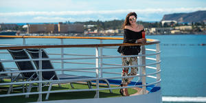 Image from Season 3 on Cruising with Jane McDonald (Photo: Channel 5)