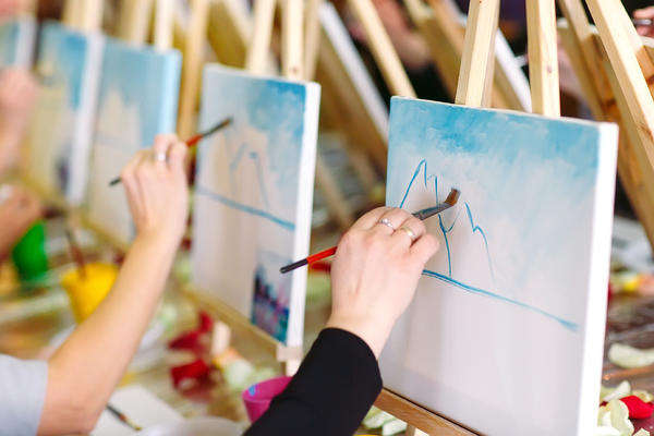 Art Classes on Cruises (Photo: David Tadevosian/Shutterstock)