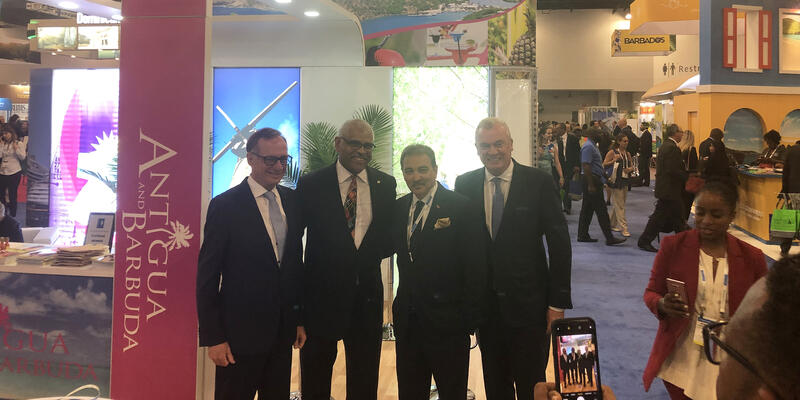 Arnold Donald and Other Carnival Corp Execs (Photo: Brittany Chrusciel/Cruise Critic)