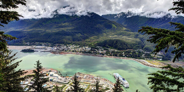 Juneau Alaska Aerial View (Photo: Todamo/Shutterstock)