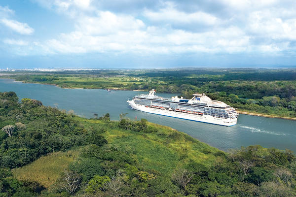 Coral Princess Cruising Through the Panama Canal (Photo: Princess Cruises)