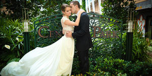 Married Couple in Central Park on Oasis of the Seas (Photo: Royal Caribbean International)
