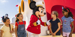 Captain Minnie Mouse Inspiring Growing Youths (Photo: Disney Cruise Line)