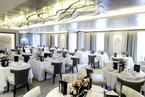 Afternoon Tea on Britannia in the The Epicurean Restaurant (Photo: P&O Cruises)