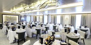 Afternoon Tea on Britannia in the The Epicurean Restaurant (Photo: P&O Cruises)
