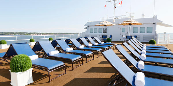 Victory I Deck (Photo: Victory Cruise Lines)