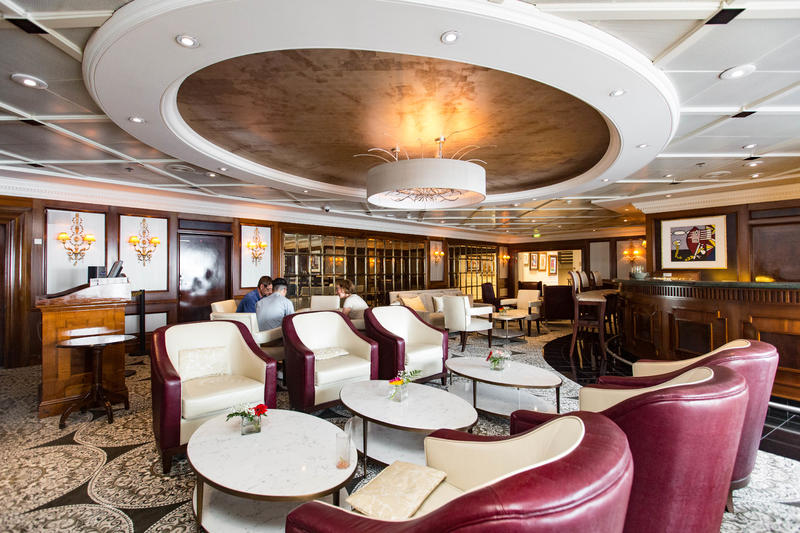 Discoveries Bar on Azamara Journey