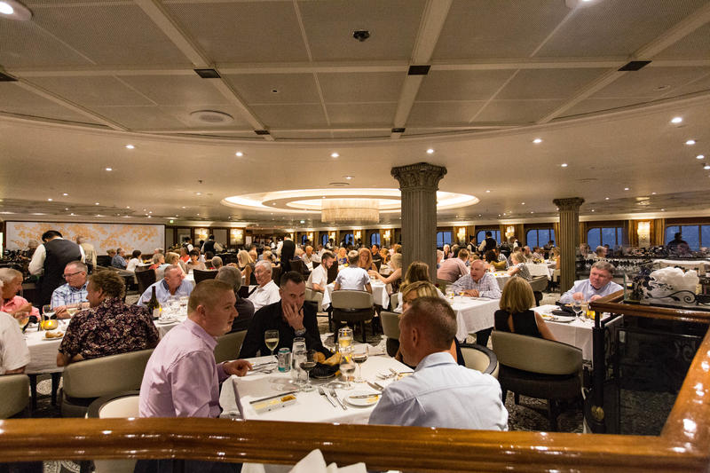Discoveries Restaurant on Azamara Journey