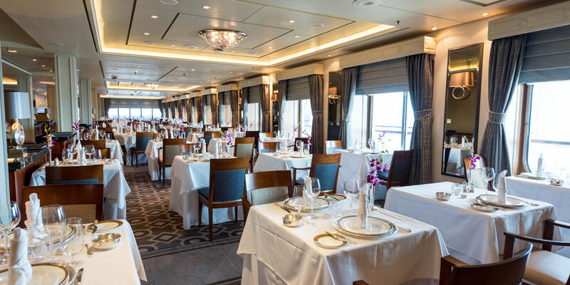 Princess Grill on Queen Mary 2 (QM2) (Photo: Cruise Critic)